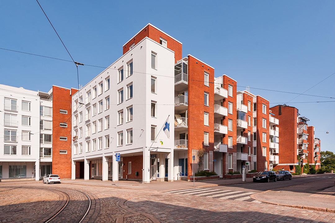 Merikasarminkatu 7, Helsinki - Saneeraus 10 - Referenss